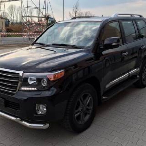 Toyota Land Cruiser 200 из Германии (10188)