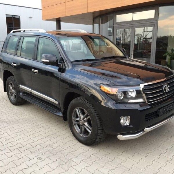 Toyota Land Cruiser 200 из Германии (10193)