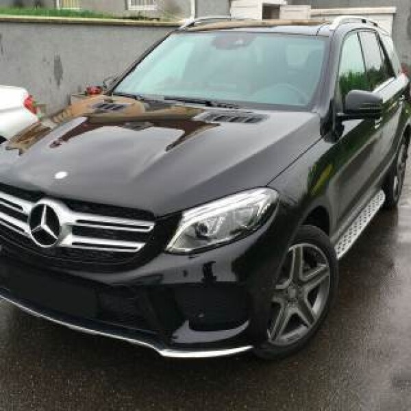Mercedes-Benz GLE 350 из Германии (10357)