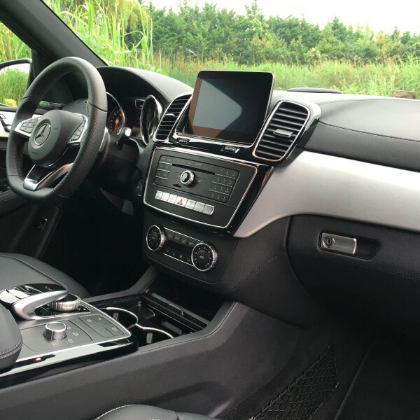 Mercedes-Benz GLE 350 из Германии (10361)