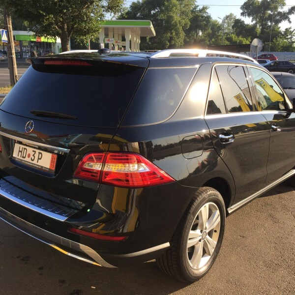 Mercedes-Benz ML-Klasse из Германии (11390)