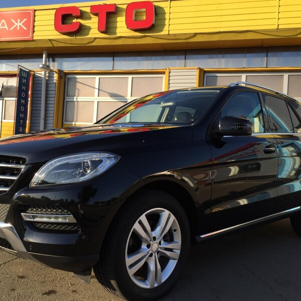 Mercedes-Benz ML-Klasse из Германии (11404)