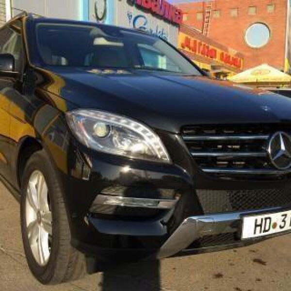 Mercedes-Benz ML-Klasse из Германии (11388)