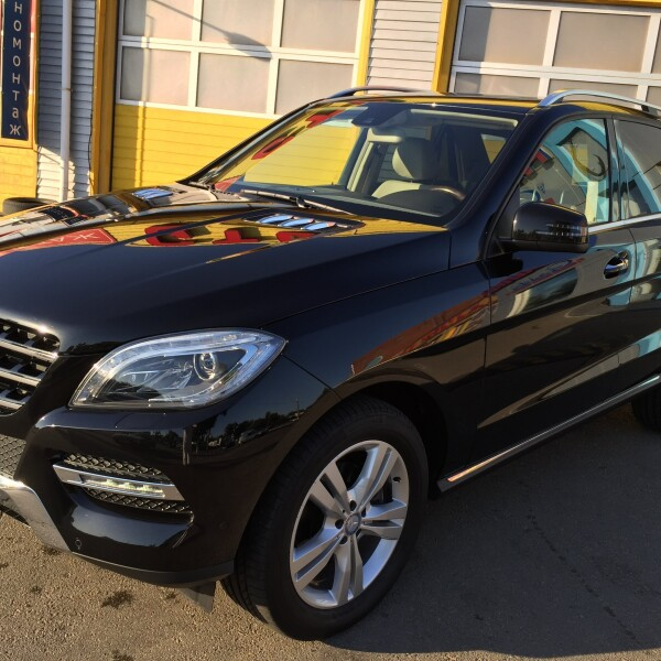 Mercedes-Benz ML-Klasse из Германии (11403)
