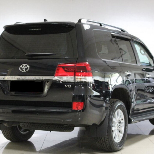 Toyota Land Cruiser 200 из Германии (15486)