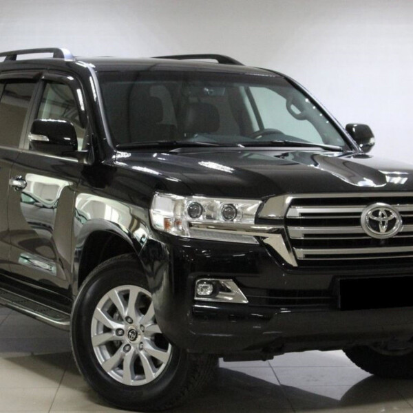 Toyota Land Cruiser 200 из Германии (15484)
