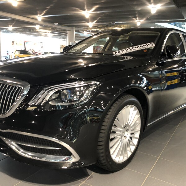 Mercedes-Benz Maybach  из Германии (18406)
