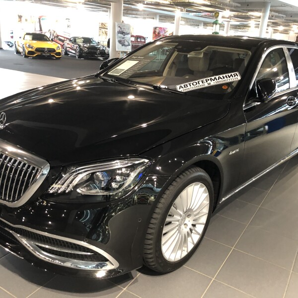 Mercedes-Benz Maybach  из Германии (18405)