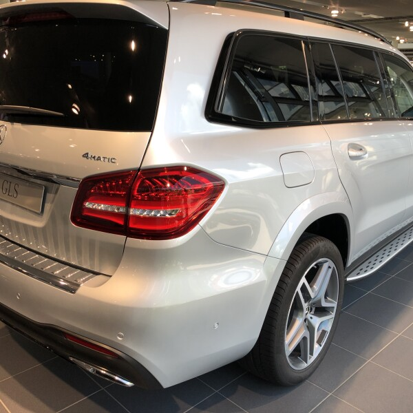 Mercedes-Benz GLS  из Германии (27164)