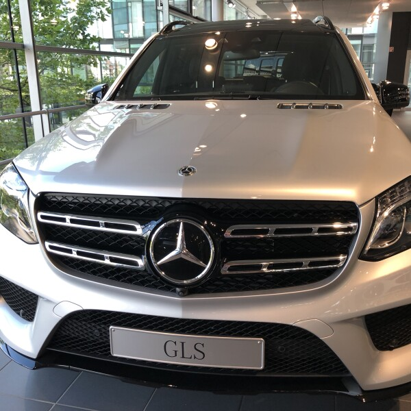 Mercedes-Benz GLS  из Германии (27156)
