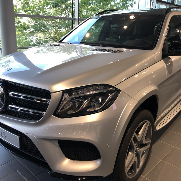 Mercedes-Benz GLS  из Германии (27155)