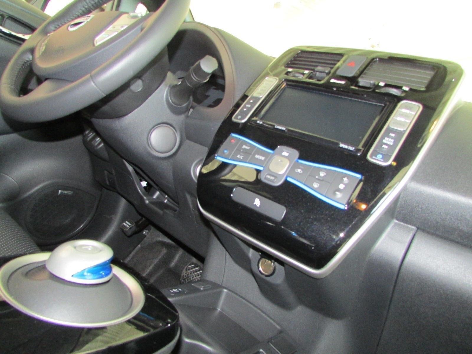 Купить Nissan Leaf SV 30kWh (Ниссан Лиф) 2016 цена Киев ...